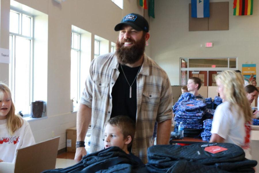 Country+singer+Jordan+Davis+supports+Noblesville+kids+in+need