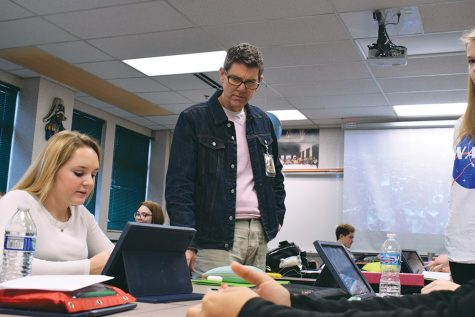 Dedicated Dellinger: After 38 years of teaching, a former NHS teacher shares his experiences