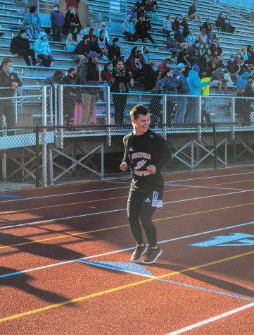 An un-tangled schedule: NHS senior Robbie Streit balances his time between school and a  long list of extracurriculars